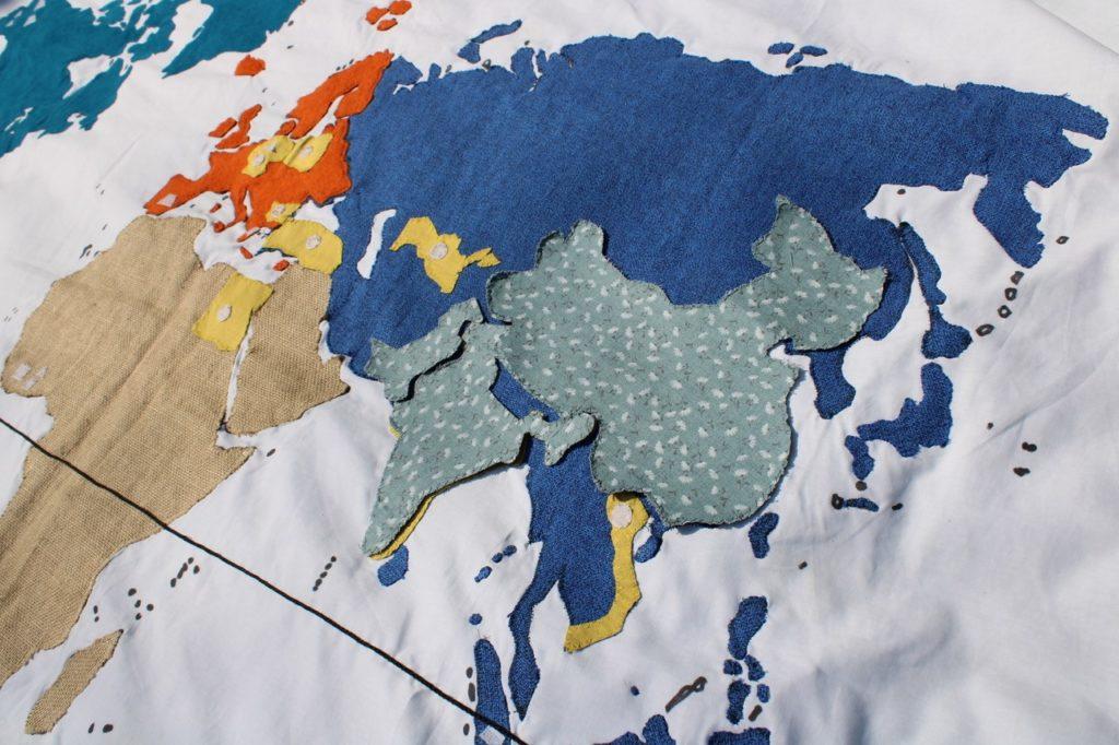 haptisch erfahrbare Weltkarte aus dem Lernkoffer: Unsichtbar?